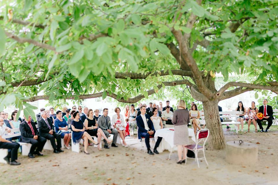 Aysen+Alex - AA-Hochzeit-Gut-Oberstockstall-027.jpg