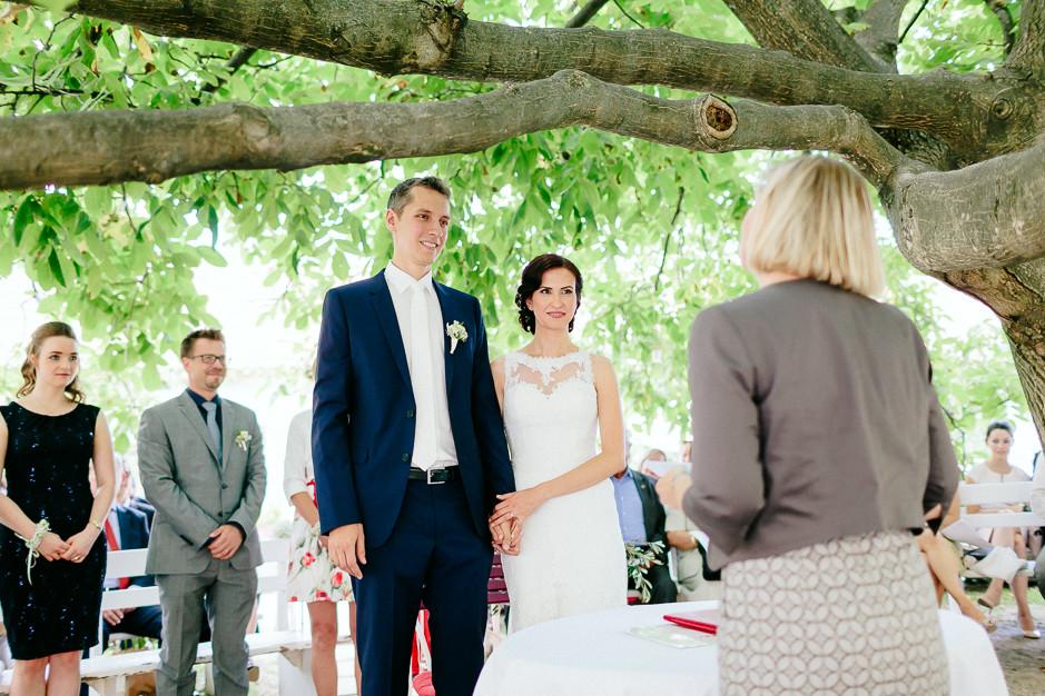 Aysen+Alex - AA-Hochzeit-Gut-Oberstockstall-028.jpg