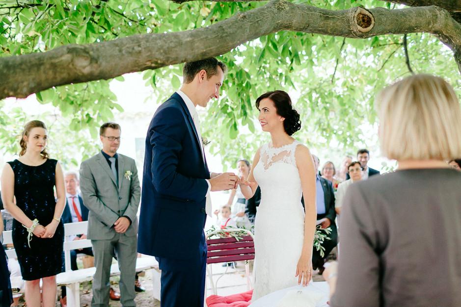 Aysen+Alex - AA-Hochzeit-Gut-Oberstockstall-029.jpg