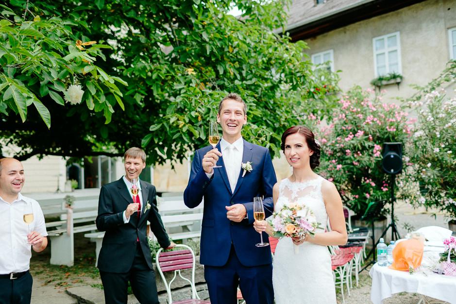 Aysen+Alex - AA-Hochzeit-Gut-Oberstockstall-033.jpg