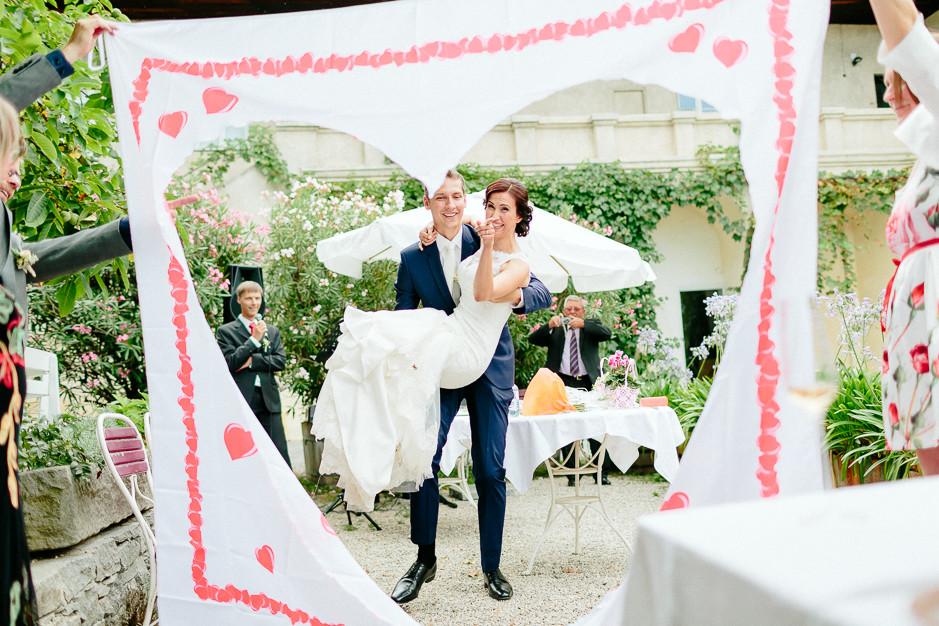 Aysen+Alex - AA-Hochzeit-Gut-Oberstockstall-034.jpg