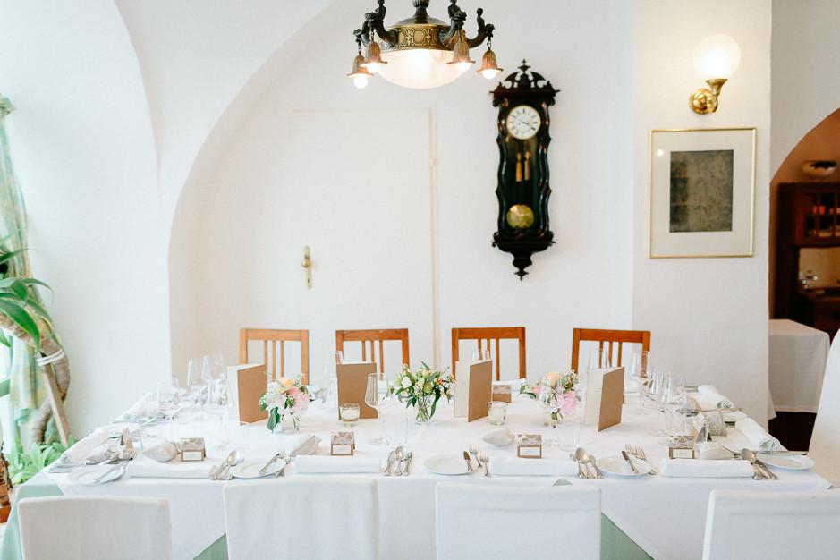 Aysen+Alex - AA-Hochzeit-Gut-Oberstockstall-045.jpg