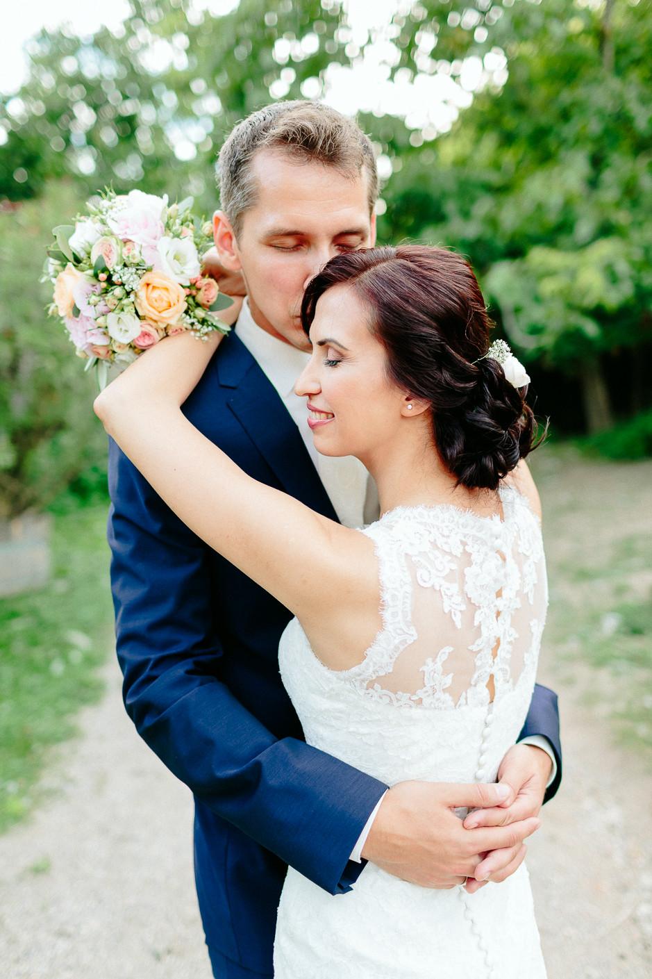 Aysen+Alex - AA-Hochzeit-Gut-Oberstockstall-065.jpg