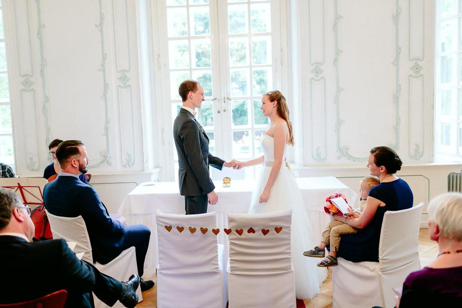 Christiane+Florian - CF-Hochzeit-Mobeldepot-028.jpg