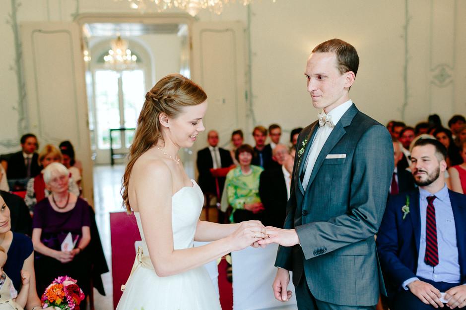 Christiane+Florian - CF-Hochzeit-Mobeldepot-030.jpg