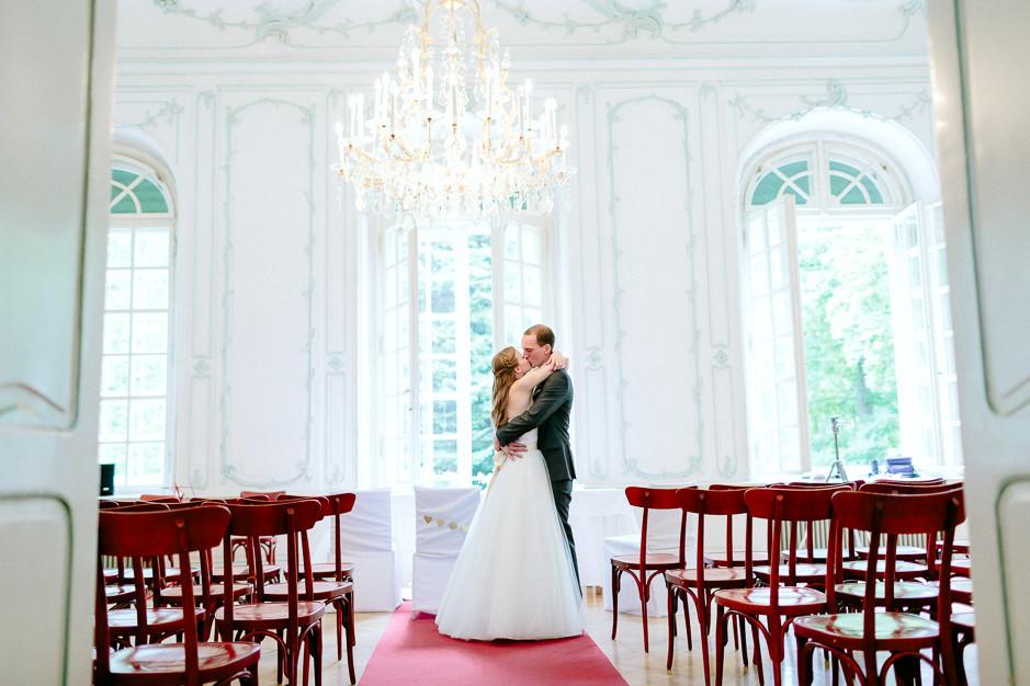 Christiane+Florian - CF-Hochzeit-Mobeldepot-037.jpg