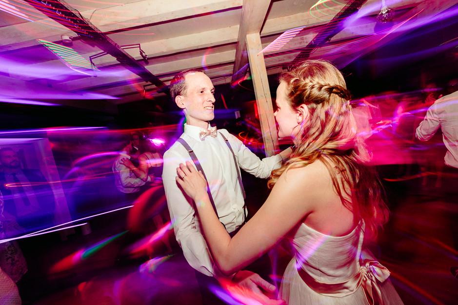 Christiane+Florian - CF-Hochzeit-Mobeldepot-078.jpg