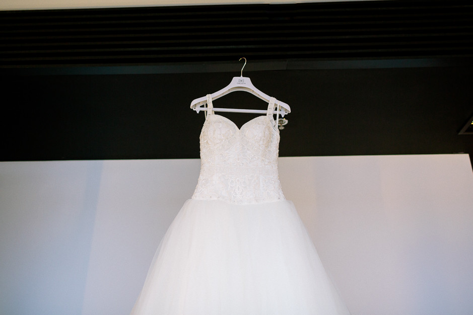 Daniela+Manuel - DM-Hochzeit-Weingut-Hillinger-001.jpg