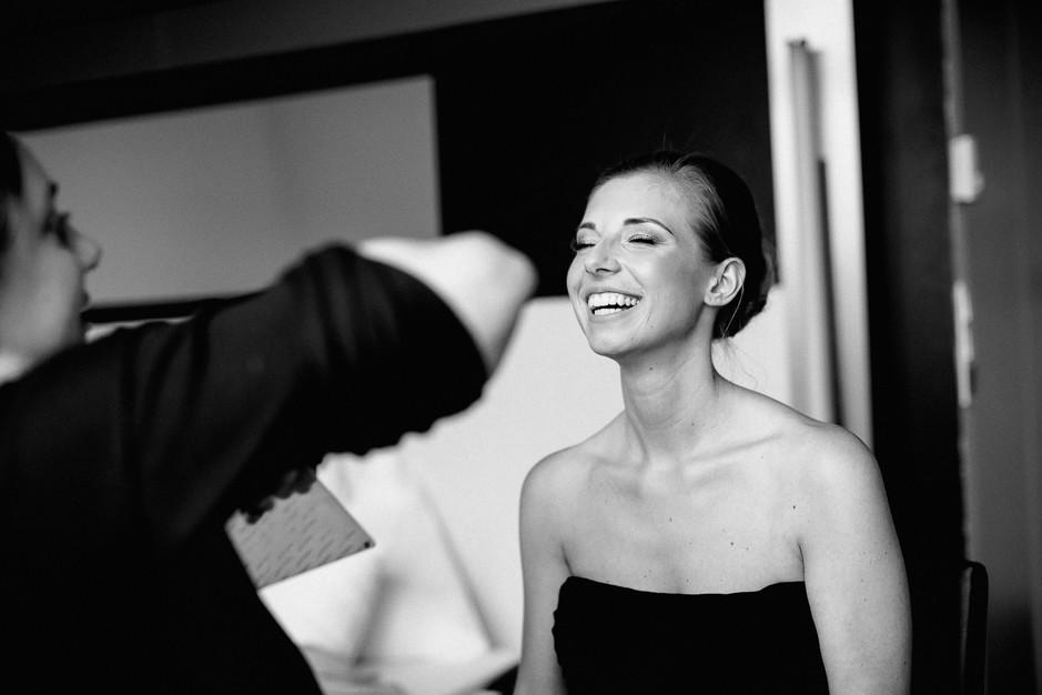 Daniela+Manuel - DM-Hochzeit-Weingut-Hillinger-008.jpg