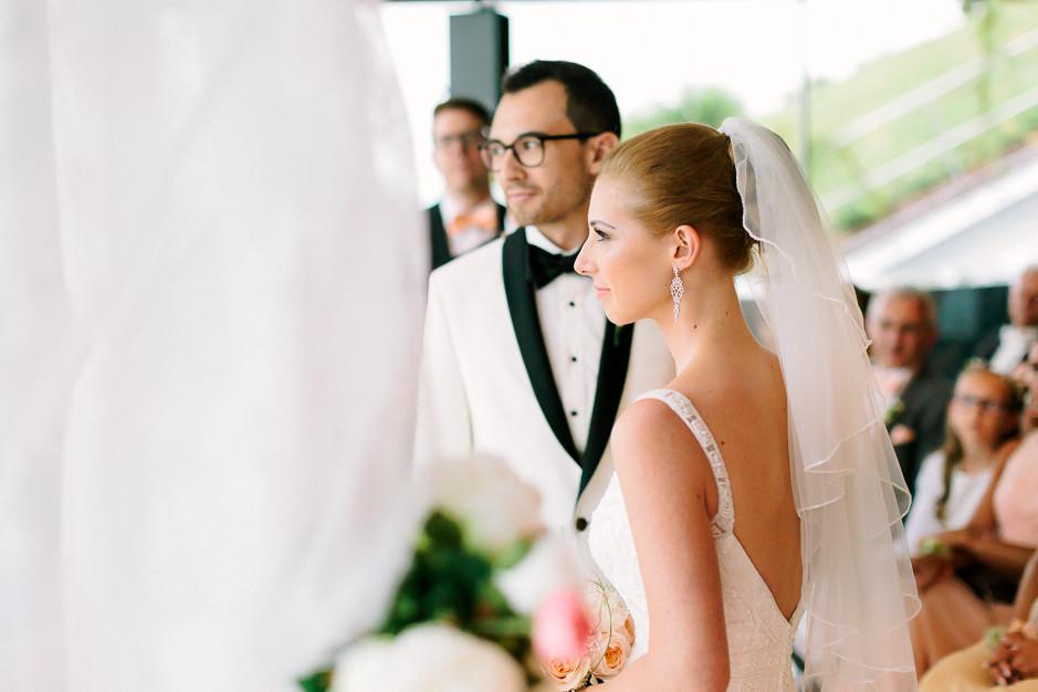 Daniela+Manuel - DM-Hochzeit-Weingut-Hillinger-035.jpg