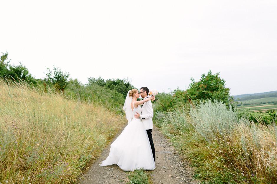 Daniela+Manuel - DM-Hochzeit-Weingut-Hillinger-046.jpg