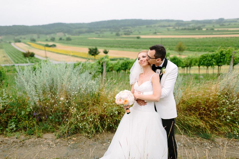 Daniela+Manuel - DM-Hochzeit-Weingut-Hillinger-049.jpg
