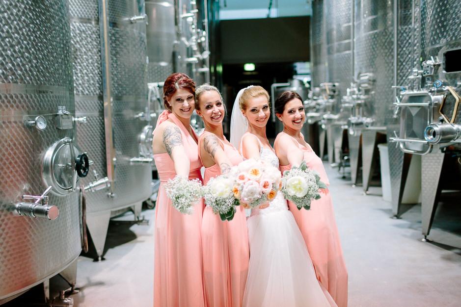 Daniela+Manuel - DM-Hochzeit-Weingut-Hillinger-062.jpg