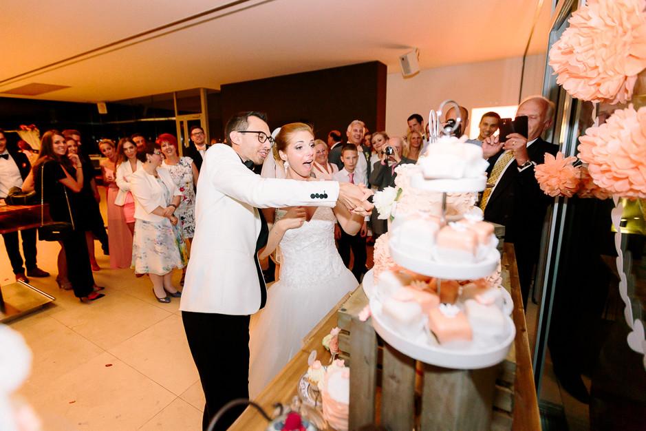 Daniela+Manuel - DM-Hochzeit-Weingut-Hillinger-078.jpg