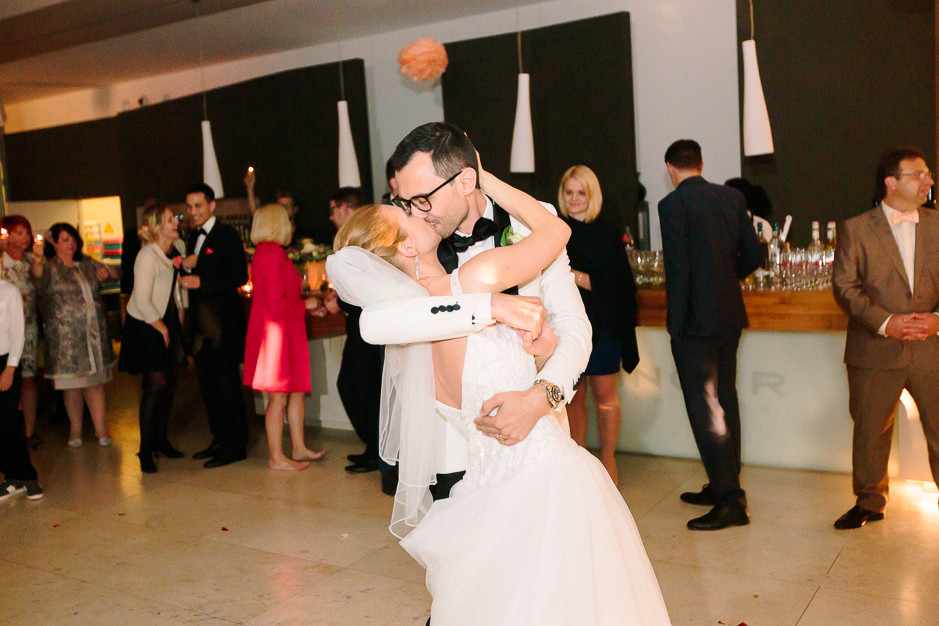 Daniela+Manuel - DM-Hochzeit-Weingut-Hillinger-079.jpg
