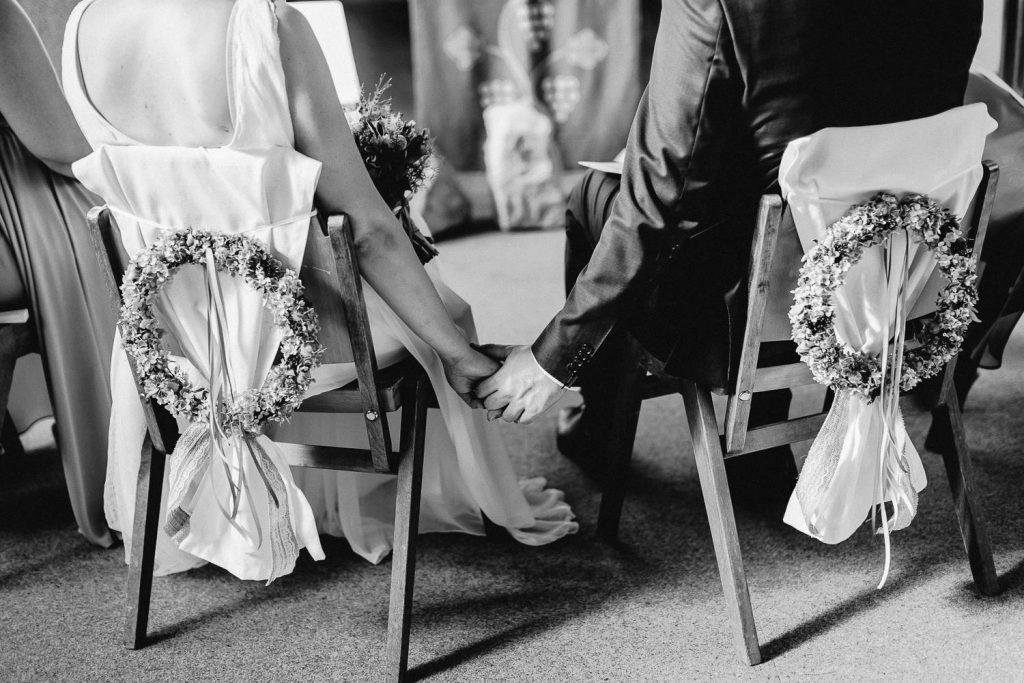 Barbara+Florian - BF-Hochzeit-Moebeldepot-019.jpg
