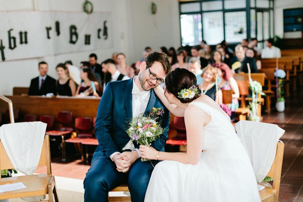 Barbara+Florian - BF-Hochzeit-Moebeldepot-022.jpg