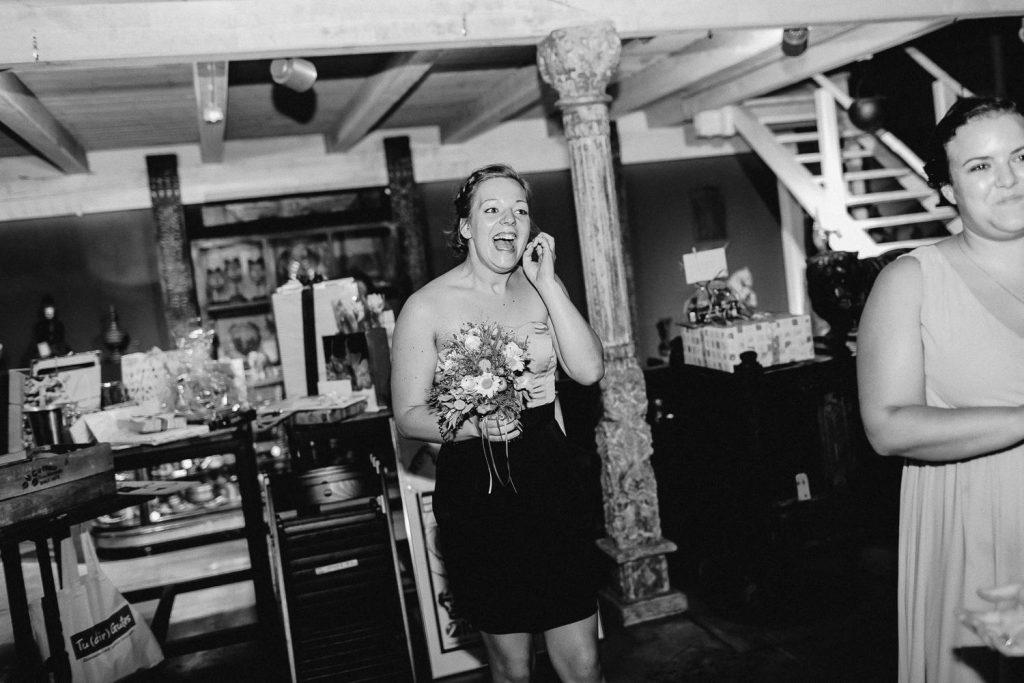 Barbara+Florian - BF-Hochzeit-Moebeldepot-061.jpg