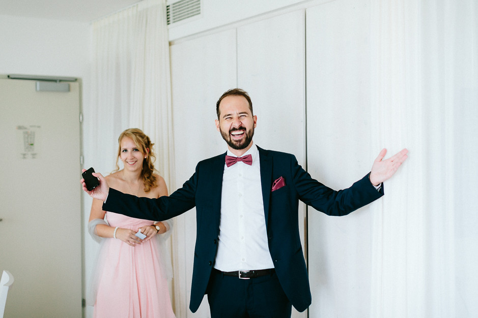 Inga+Michael - IM-Hochzeit-Weingut-Holler-013.jpg
