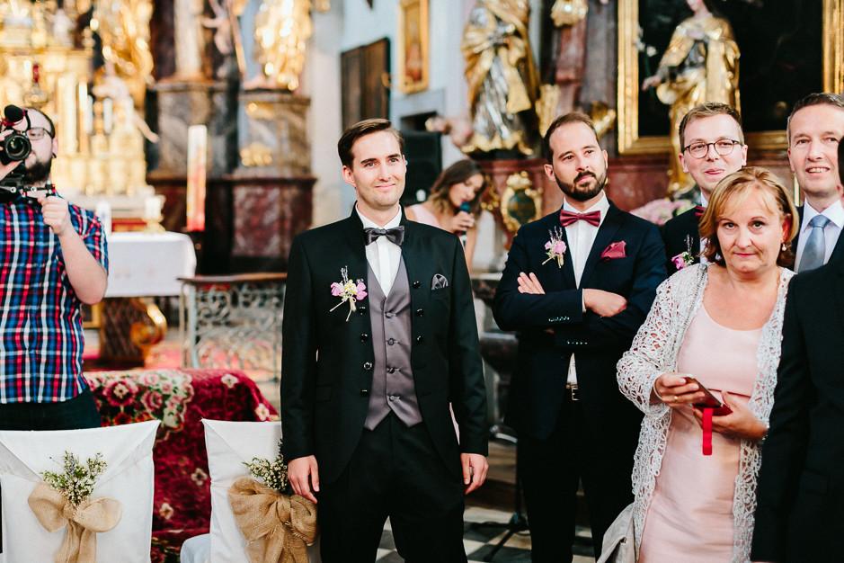Inga+Michael - IM-Hochzeit-Weingut-Holler-032.jpg