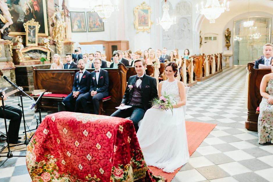 Inga+Michael - IM-Hochzeit-Weingut-Holler-033.jpg