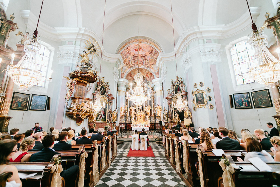 Inga+Michael - IM-Hochzeit-Weingut-Holler-039.jpg