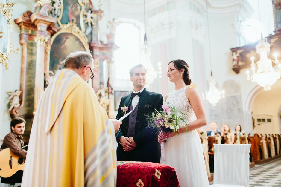 Inga+Michael - IM-Hochzeit-Weingut-Holler-042.jpg