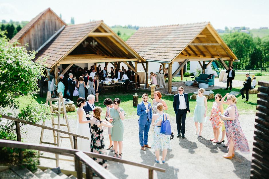 Inga+Michael - IM-Hochzeit-Weingut-Holler-062.jpg