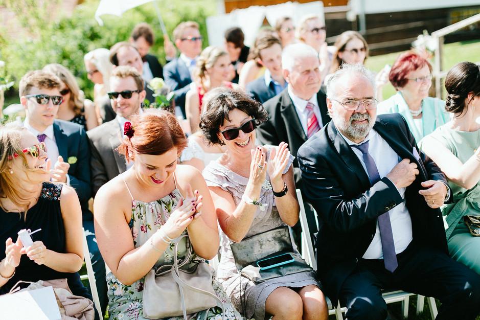 Inga+Michael - IM-Hochzeit-Weingut-Holler-066.jpg