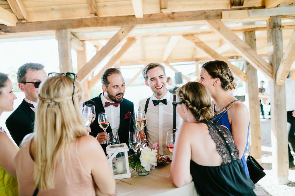 Inga+Michael - IM-Hochzeit-Weingut-Holler-076.jpg