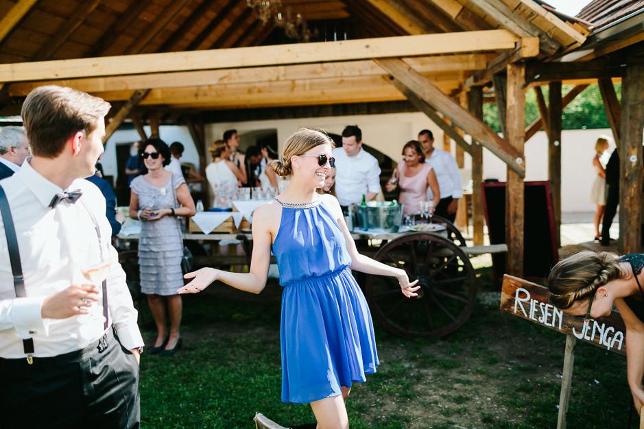 Inga+Michael - IM-Hochzeit-Weingut-Holler-078.jpg