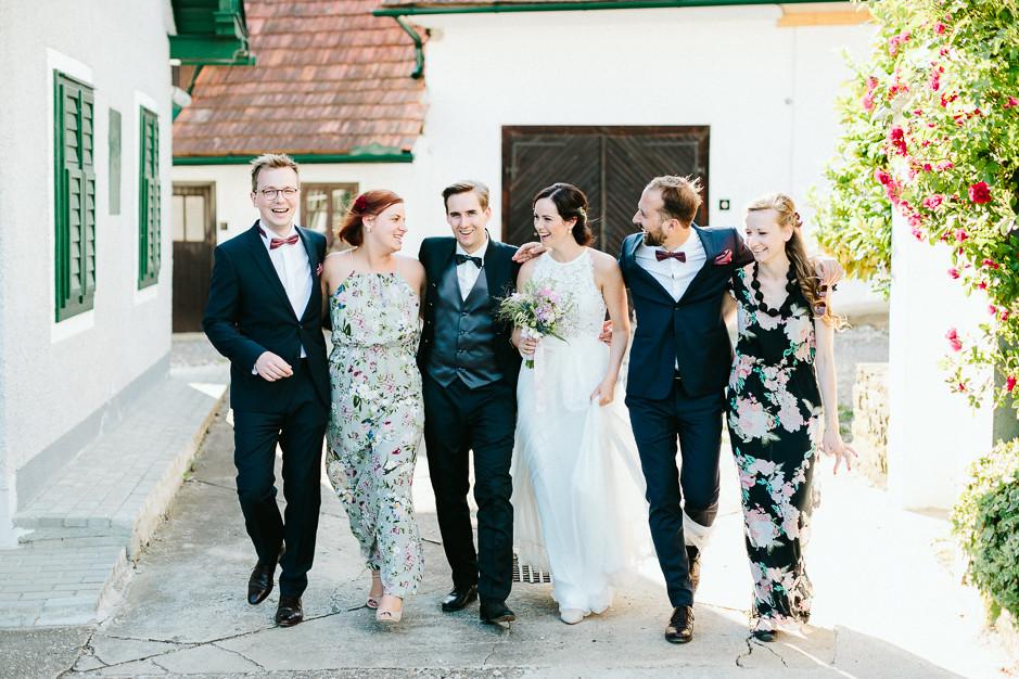 Inga+Michael - IM-Hochzeit-Weingut-Holler-083.jpg