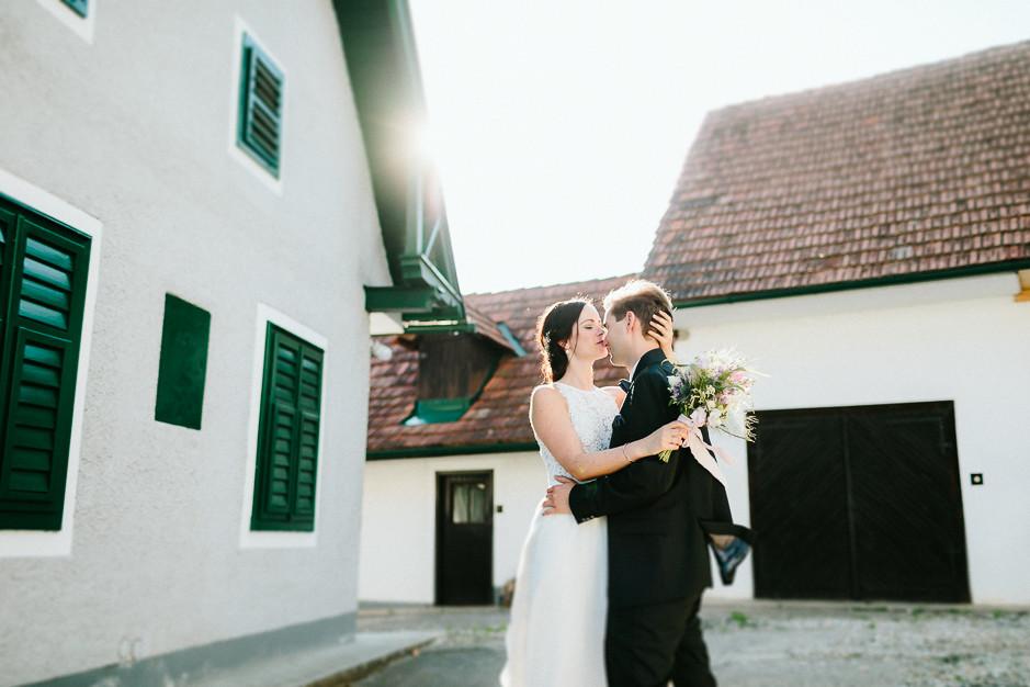 Inga+Michael - IM-Hochzeit-Weingut-Holler-088.jpg