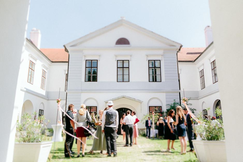 Petra+Lukas - PL-Hochzeit-Schloss-Nikitsch-035.jpg