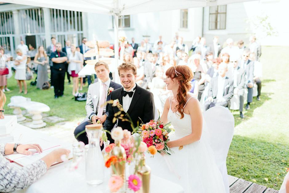 Petra+Lukas - PL-Hochzeit-Schloss-Nikitsch-042.jpg