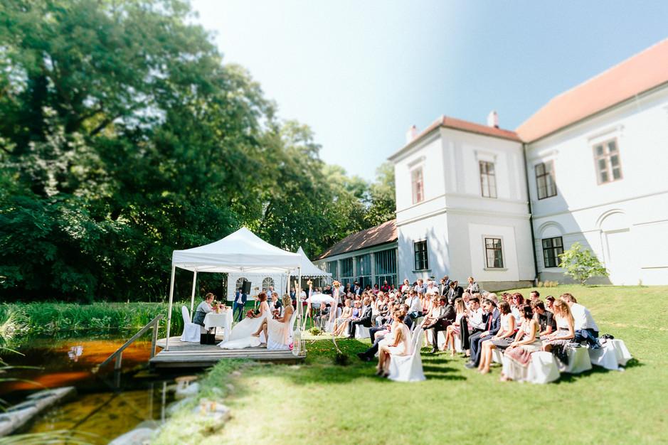 Petra+Lukas - PL-Hochzeit-Schloss-Nikitsch-047.jpg