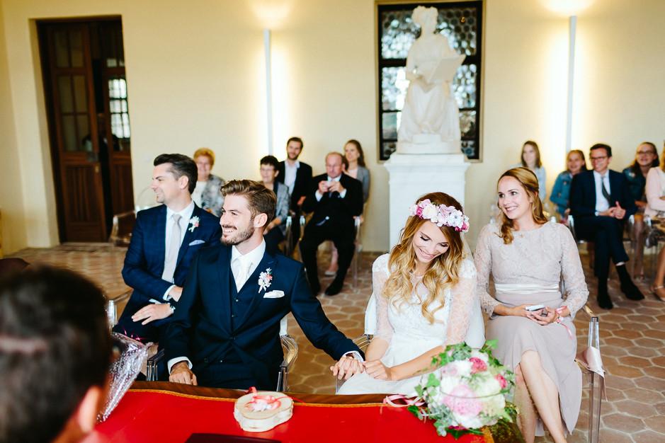 Tamara+Thomas - Hochzeit-Burg-Forchtenstein-026.jpg