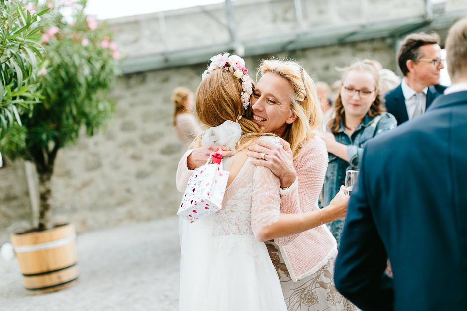 Tamara+Thomas - Hochzeit-Burg-Forchtenstein-031.jpg