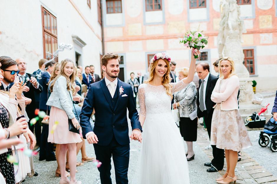 Tamara+Thomas - Hochzeit-Burg-Forchtenstein-049.jpg