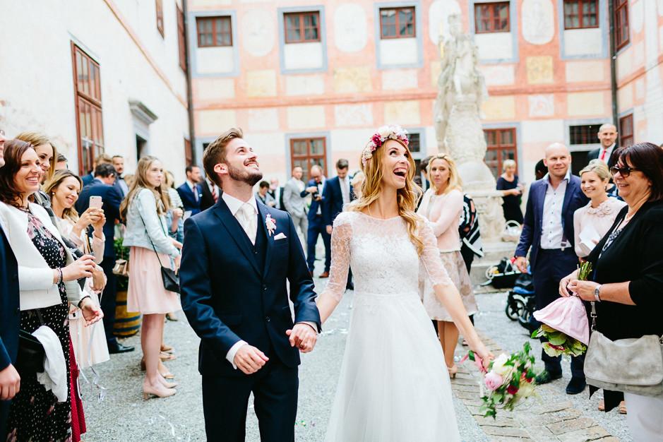Tamara+Thomas - Hochzeit-Burg-Forchtenstein-050.jpg