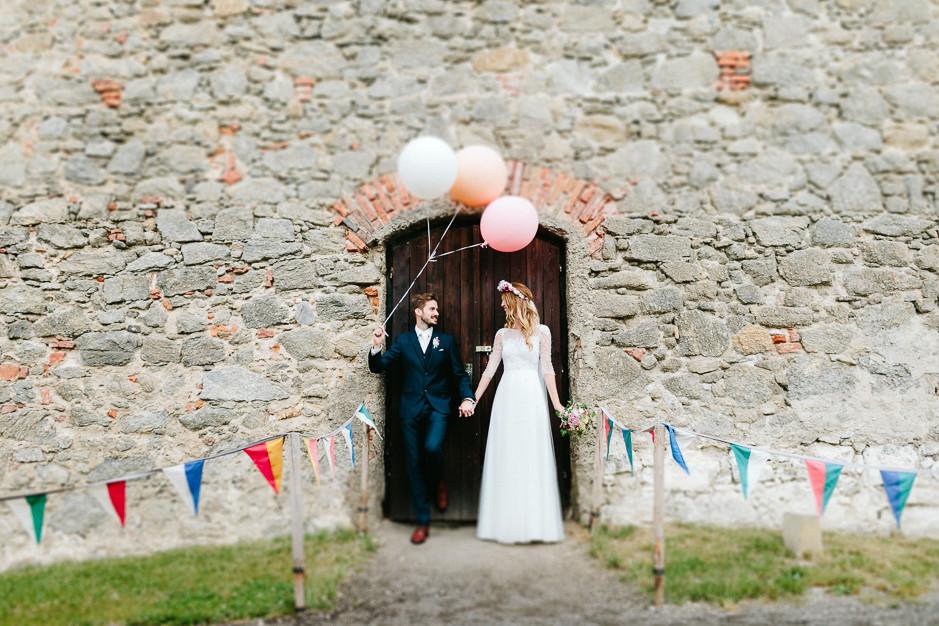 Tamara+Thomas - Hochzeit-Burg-Forchtenstein-059.jpg