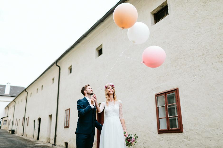 Tamara+Thomas - Hochzeit-Burg-Forchtenstein-061.jpg