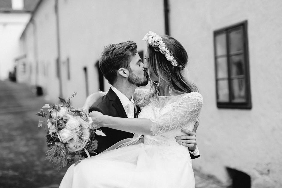 Tamara+Thomas - Hochzeit-Burg-Forchtenstein-063.jpg