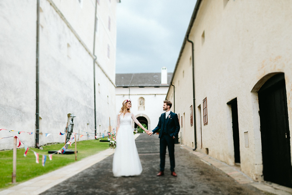 Tamara+Thomas - Hochzeit-Burg-Forchtenstein-064.jpg