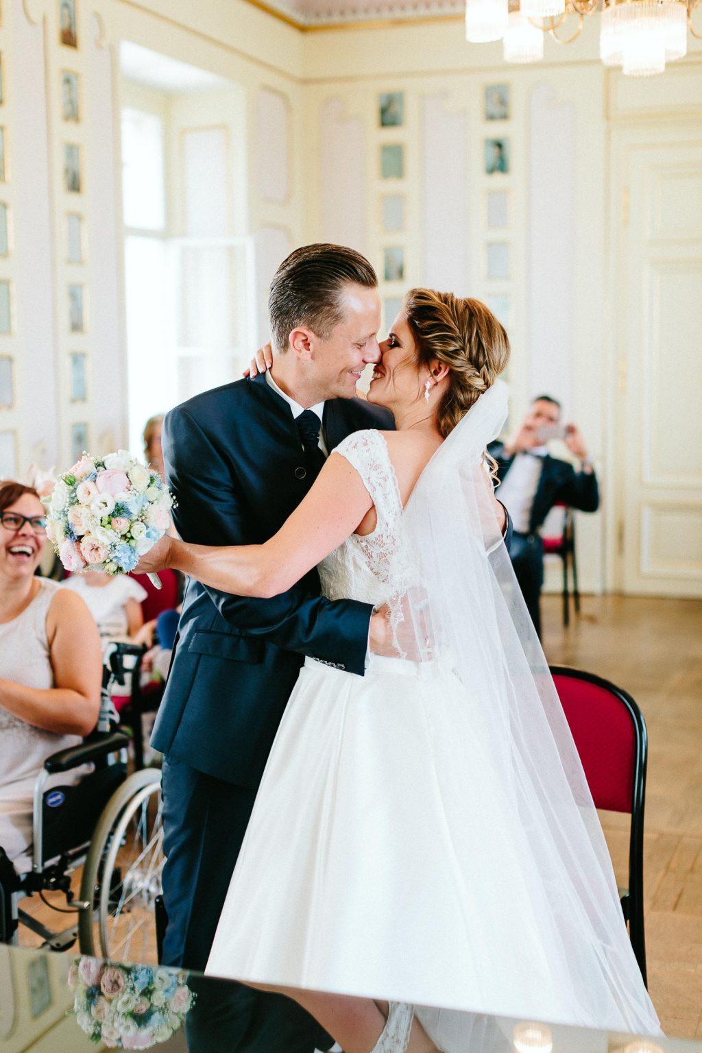 Theresa+Matthias - TM-Hochzeit-Kletzmayrhof-027.jpg