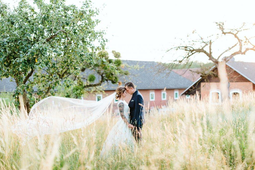 Theresa+Matthias - TM-Hochzeit-Kletzmayrhof-072.jpg