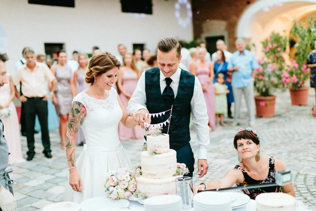 Theresa+Matthias - TM-Hochzeit-Kletzmayrhof-079.jpg