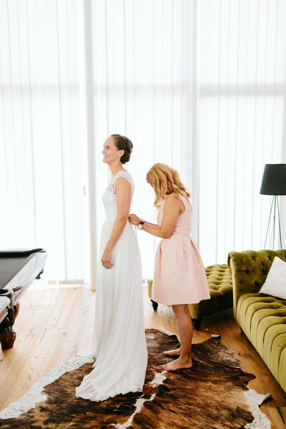 Julia+Daniel - JD-Hochzeit-Weingut-Holler-027.jpg