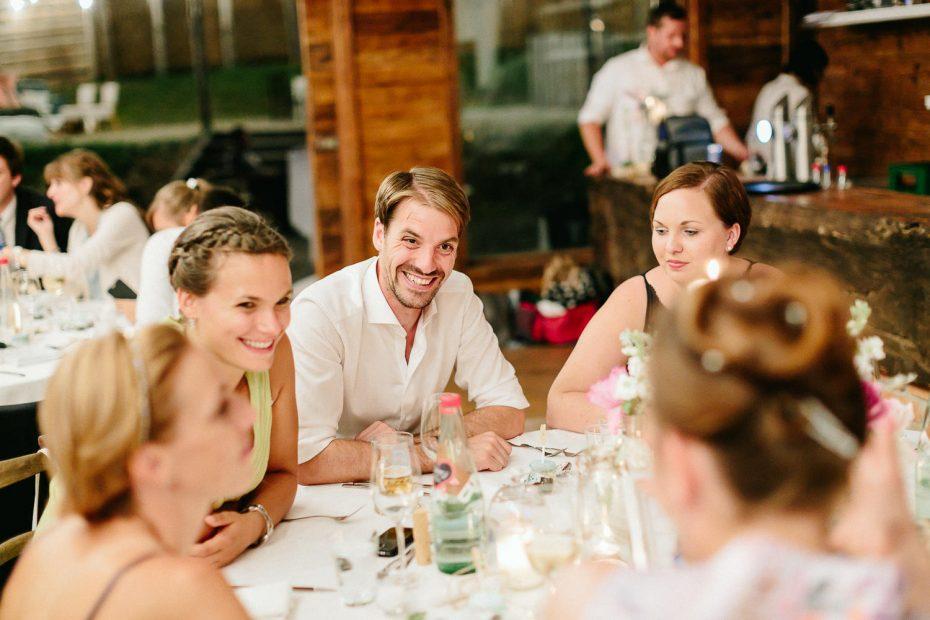 Julia+Daniel - JD-Hochzeit-Weingut-Holler-092.jpg