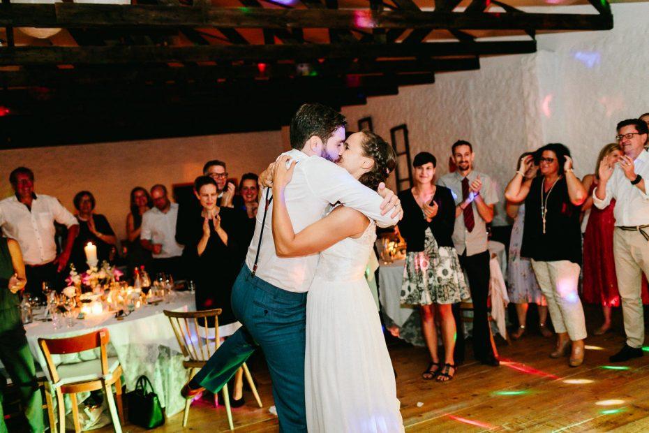 Julia+Daniel - JD-Hochzeit-Weingut-Holler-104.jpg